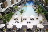 The Trans Resort Bali juga mengalami penurunan jumlah tamu. Dari bulan lalu hingga Agustus belum ada kenaikan dari tamu pribadi.
