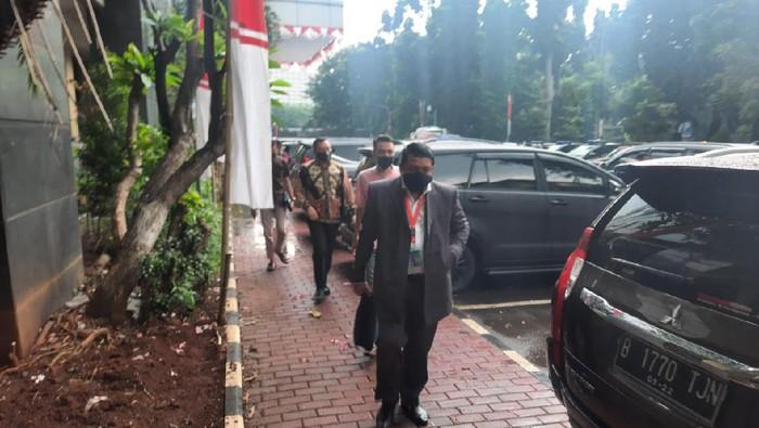 Tim kuasa hukum Hadi Pranoto datangi Polda Metro