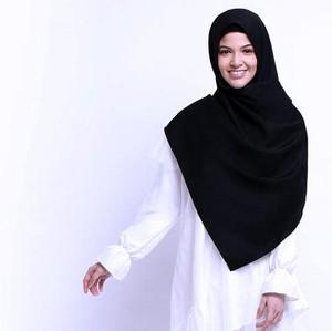 Aere Tawarkan Tampilan Menawan & Modis untuk Hijabers