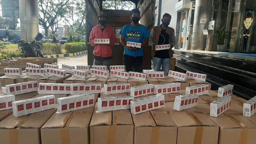 Pengiriman Jutaan Batang Rokok Ilegal ke Sumatera Digagalkan