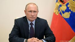 Ngebut, Rusia Registrasi Vaksin Virus Corona Pertama di Dunia