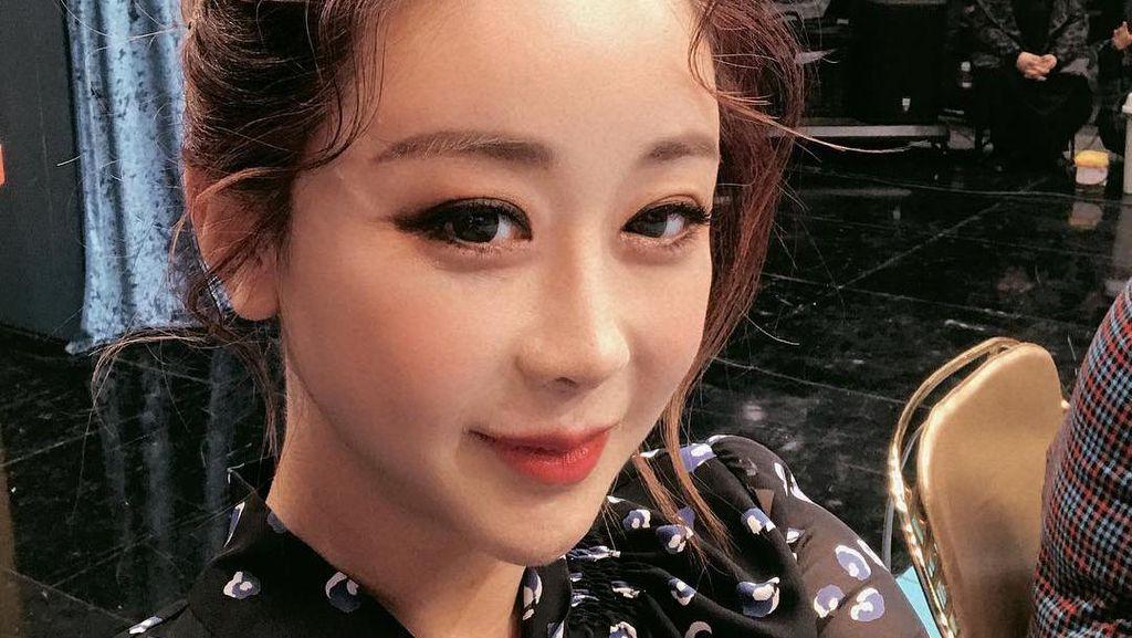 Potret Mantan Miss Korea yang Punya Suami 18 Tahun Lebih Muda