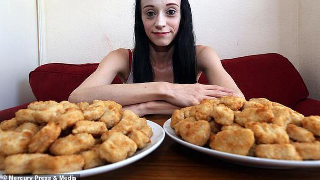 Alami Phobia Makanan Langka, Wanita Ini Hanya Makan Nugget