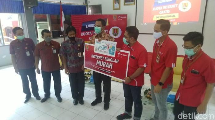 Kuota Gratis untuk Belajar Online di Semarang
