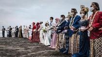 Momen Nikah Massal Jelang HUT RI di Yogyakarta
