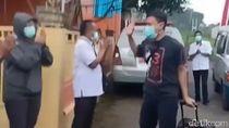 Sambutan Hangat Warga Sukabumi Untuk Pasien Sembuh Corona