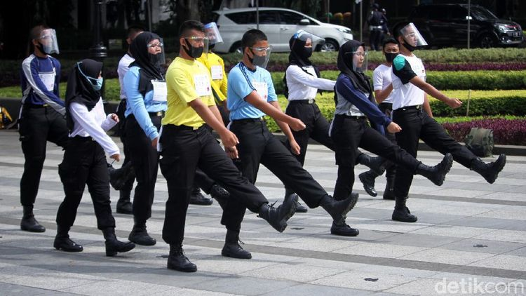 Paskibraka Kota Bandung Latihan dengan Protokol Kesehatan Ketat