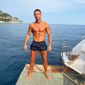 Cristiano Ronaldo dan Pesepakbola Lain yang Sudah Liburan Duluan