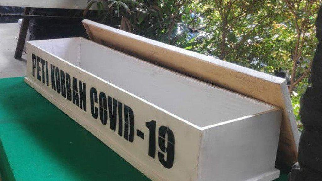 Pemkot Jakpus Bakal Sosialisasi Protokol Corona Pakai Peti Mati