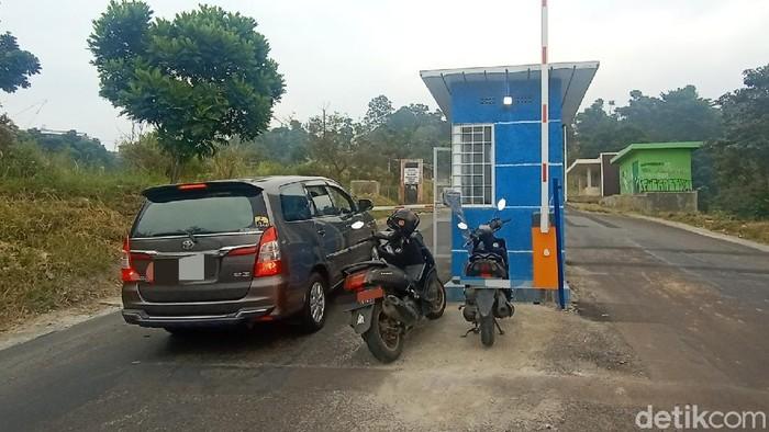 Portal berbayar Jalan Tol Dago di Bandung hanya berlaku untuk mobil