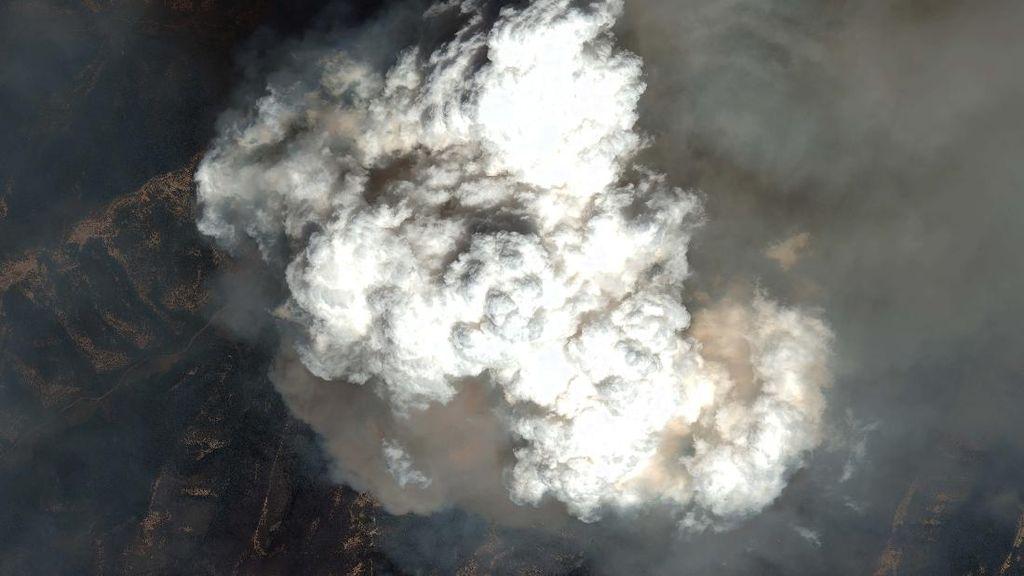 Potret Asap Pekat Akibat Kebakaran Hutan Colorado