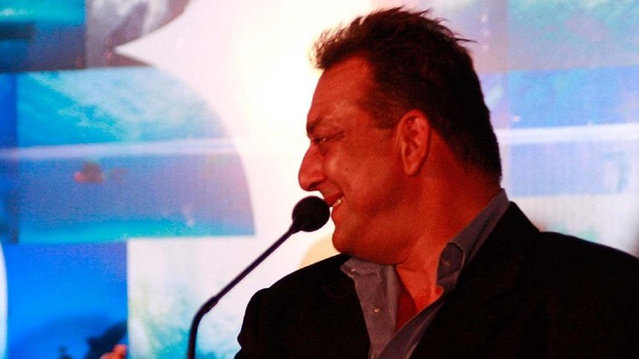 MUMBAI (BOMBAY), INDIA - MARCH 06:  Kylie Minogue and Sanjay Dutt attend the Blue press conference on March 6, 2009 in Mumbai (Bombay), India  (Photo by Ritam Banerjee/Getty Images)