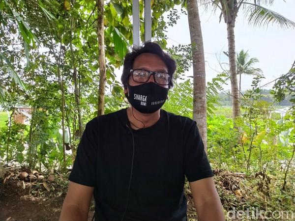 Salah satu pemilik SvargaBumi, Putranto Cahyono, mengatakan bahwa destinasi wisata ini dibuat secara modern tanpa merusak lingkungan.