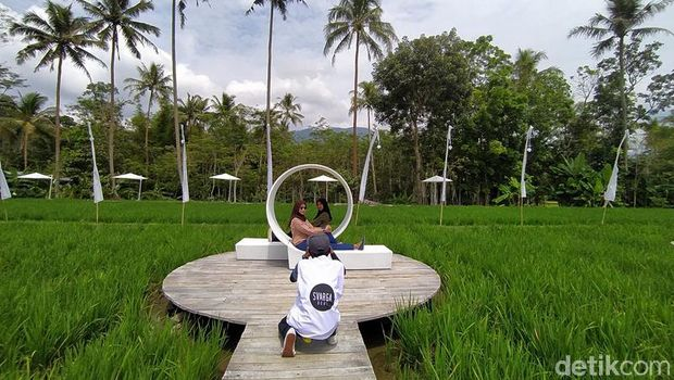 SvargaBumi, Destinasi Instagramable Dekat Candi Borobudur