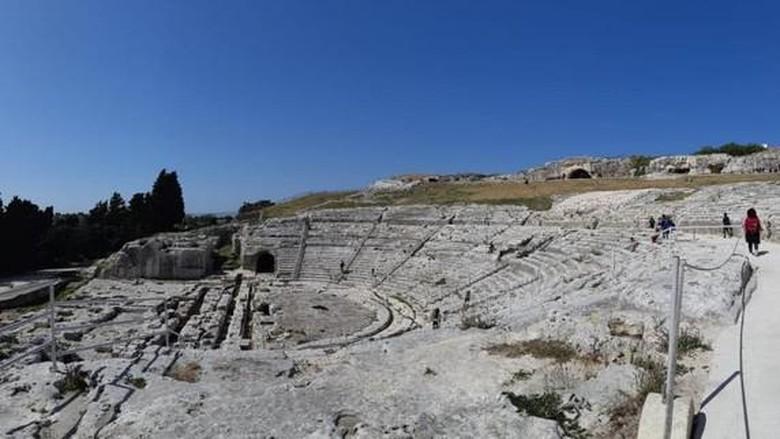 Teater Siracusa di Sisilia