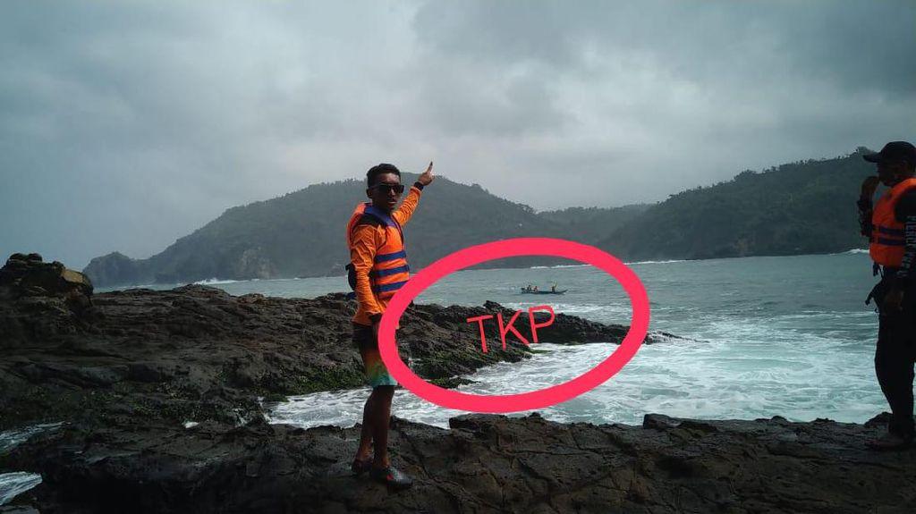 1 Pemancing Hilang Tergulung Ombak di Pantai Wediombo Gunungkidul