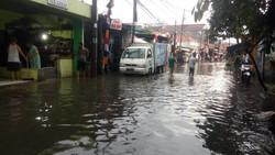Ini Titik-titik Banjir di Jakarta Akibat Hujan Deras Sore Tadi