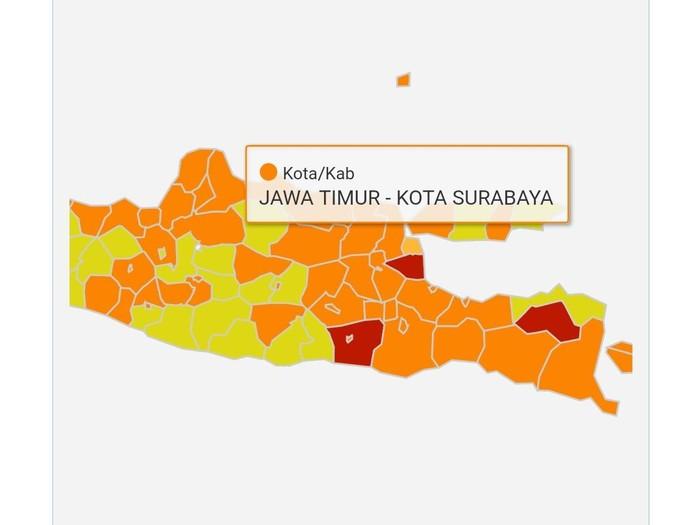 Kota Surabaya kini berstatus zona oranye terkait COVID-19 atau dengan risiko sedang. Meski begitu, protokol kesehatan tetap diperketat.