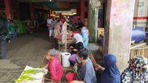 Emak-emak Pedagang Pasar Pusing Gegara Corona, Begini Deh Jadinya