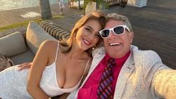Kisah Percintaan Gadis dan Miliarder Beda Usia 46 Tahun di Marrying Millions