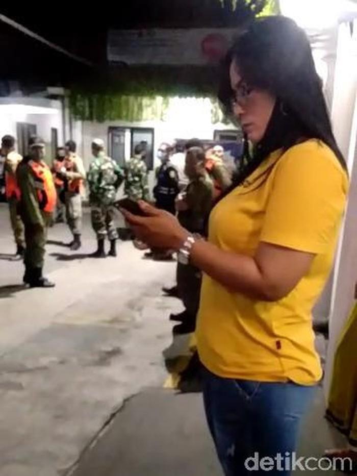 keluarga jenazah covid-19 marah di RS Muji Rahayu