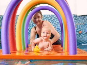 7 Mainan untuk Bayi 3 Bulan yang Bisa Meningkatkan Kemampuan Otot dan Otak