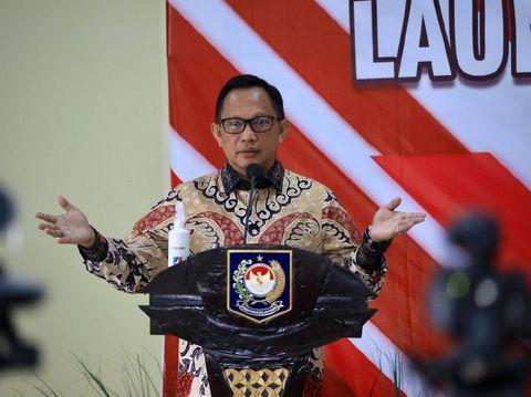 Mendagri Tito Karnavian dalam acara peluncuran gerakan 2 juta masker di Depok (dok. Kemendagri)