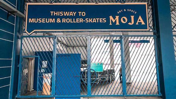 Mengusung seni interaktif, nama MOJA Museum tentu sudah tak asing di kalangan traveler. Kini MOJA hadir di pintu 8-9 GBK (@mojamuseum/Instagram)