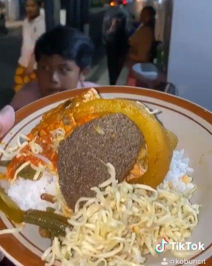 Nasi Penjara Rp 3.000 di Malang