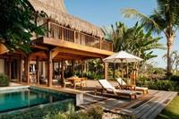 Nihiwatu Sumba terletak di Desa Hobawawi, Wanukaka, Sumba Barat, Nusa Tenggara Timur (NTT). Resor ini dinobatkan sebagai hotel terbaik dunia tahun 2016 oleh majalah travel internasional Travel+Leisure. (Foto: Nihi.com)
