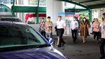 Penampakan Mobil Listrik yang Diparkir di Kantor Luhut