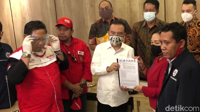 Pimpinan DPR RI menerima perwakilan massa demo Konfederasi Serikat Buruh Sejahtera Indonesia (KSBSI). (Zunita Amalia Putri/detikcom)