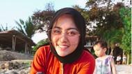 8 Transformasi Gaya Rachel Vennya Hingga Lepas Hijab