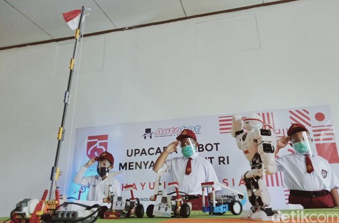 Robot upacara