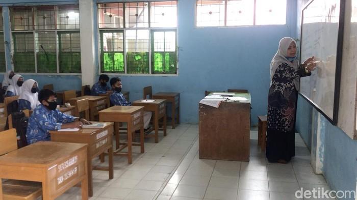 Sekolah di Padang Panjang mulai berlakukan belajar tatap muka