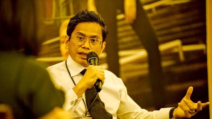 Direktur Utama PT Bank Tabungan Negara (Persero) Tbk. Pahala N. Mansury memaparkan materi dalam Virtual Media Briefing di Jakarta, Kamis (13/8).