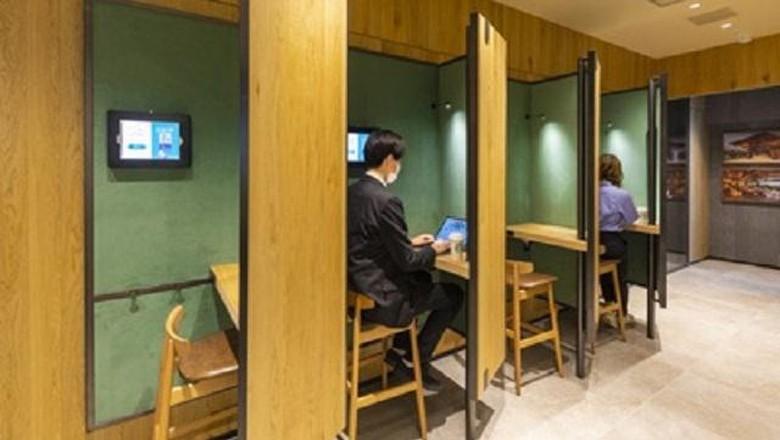 Starbucks Jepang Hadirkan Fasilitas Kerja Sambil Nongkrong