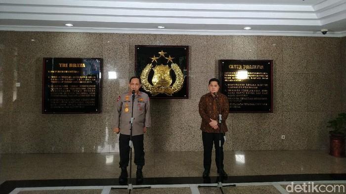 Wakapolri Komjen Gatot bersama Menteri BUMN Erich Thohir (Sachril Agustin Berutu/detikcom)