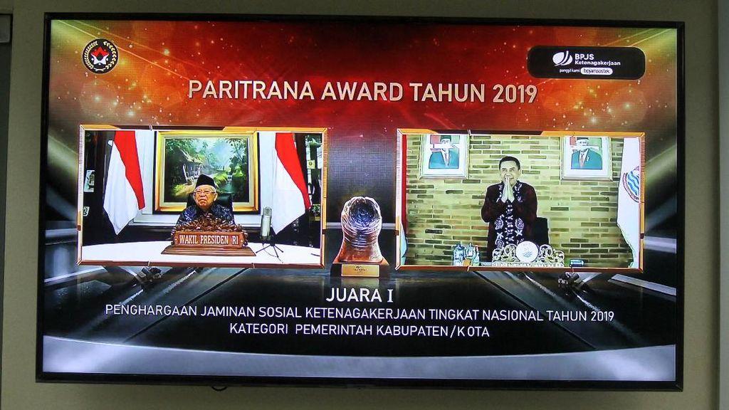 Wapres Serahkan Paritrana Award 2019