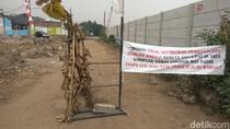 Serobot Lahan Perumahan di Cimahi, Warga Minta KCIC Ganti Rugi