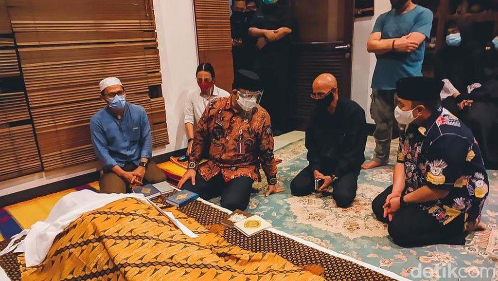 Anies hingga Foke Melayat ke Rumah Duka Almarhum Cucu Ahmad Kurnia
