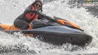 Kabar Terkini Anindya Putri, Puteri Indonesia yang Aktif Main Jet Ski