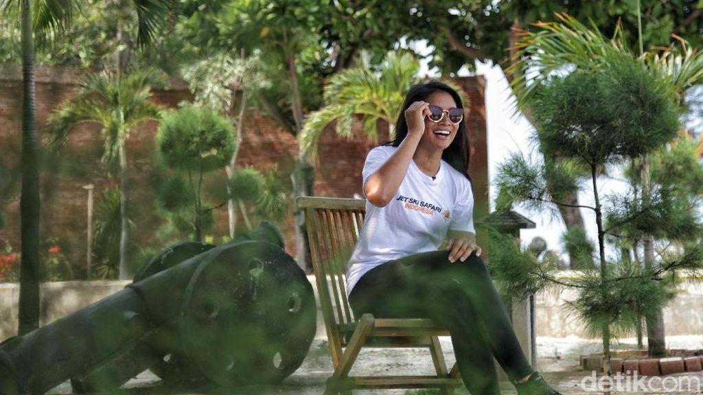 Anindya Putri yang Vokal tentang Pariwisata Indonesia