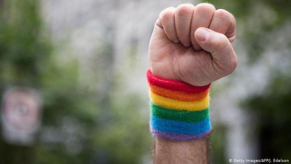 LGBT Desak Facebook Lebih Giat Atasi Ujaran Kebencian di Layanan Bahasa Arab
