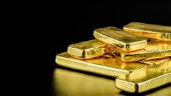 Harganya Sempat Cetak Rekor, Berapa Sisa Stok Emas di Dunia?