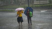 Masuk Pancaroba, BMKG Bandung Ingatkan Potensi Banjir dan Longsor