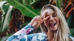 Pramugari Cantik Bagikan Tips Bobo Aman di Hotel dan Viral