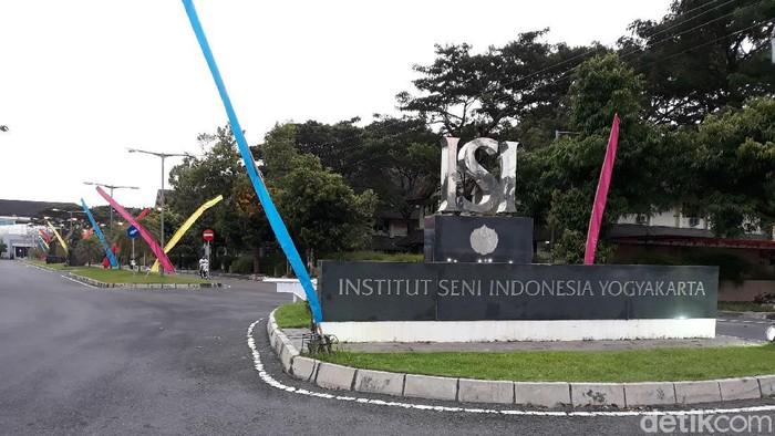 Institut Seni Indonesia (ISI) di Kecamatan Sewon, Kabupaten Bantul, Jumat (14/8/2020).