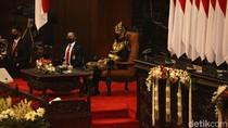 Mengenal Baju Adat Sabu yang Dikenakan Jokowi di Sidang Tahunan