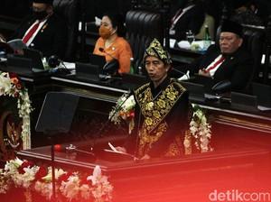Kenali Baju Tradisional Suku Sabu yang Dikenakan Jokowi